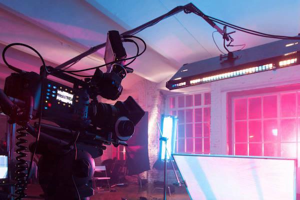 Camera rig on tv set