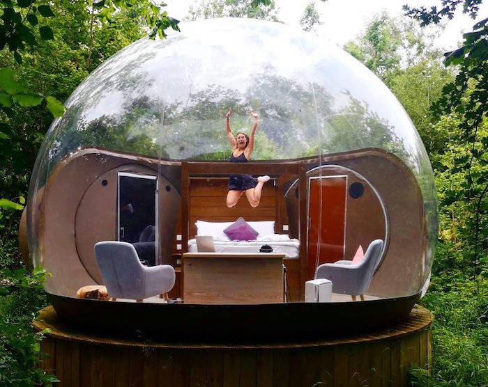 Bubble dome hotel