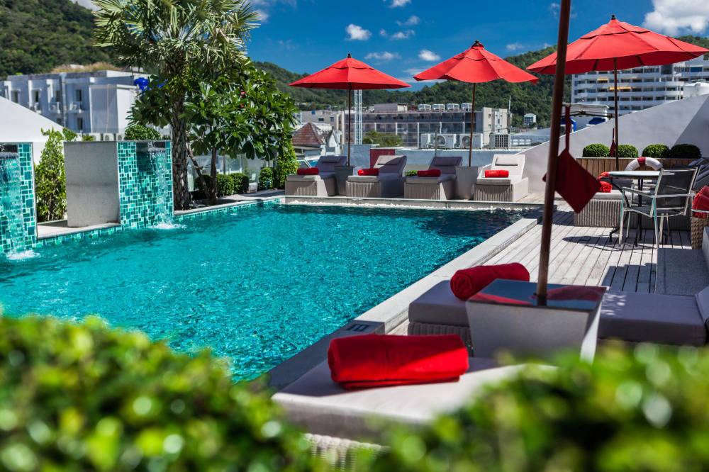 Rooftop hotel pool